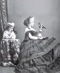 Pierre-Louis Pierson, Countess of Castiglione with mirror, (1856-1899), photograph