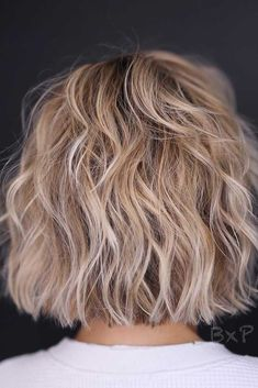 Short Layered Haircuts for Fine Hair 2019 50 Best Trendy Short Hairstyles for Fine Hair Hair Adviser Of 96 Best Short Layered Haircuts for Fine Hair 2019 Layered Bob Short, Short Layered Haircuts, Haircuts For Fine Hair, Short Hair With Layers, Cool Haircuts, Fine Hairstyles, Medium Hairstyles, Pixie Haircuts, Wedding Hairstyles