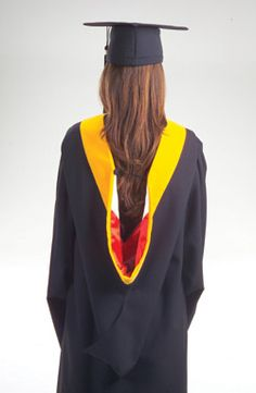 Deluxe Masters Graduation Regalia--need this for work. | Stuff ...