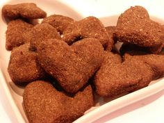 Chocolate Biscuits: 2 bananas.  1 tbsp cocoa powder soup.  2 tbsp of honey.  1/2 cup quinoa flakes.