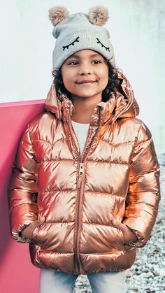 From shiny puffer jackets to padded parkas: discover this season's jackets for kids. | H&M Kids