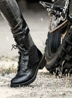 You find the brand Francescomilano collection Autumn Winter 2014 style Boots  SHOES  You visit our shop online  www.francescomilano.com