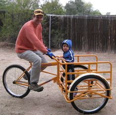 Mercurio Cargo Bike (Awesome bike, but wouldn't it be easier if the basket/cart was on the back?)