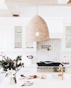 Home Interior Simple modern boho kitchen Interior Simple modern boho kitchen Rustic Kitchen Design, Boho Kitchen, Home Decor Kitchen, Kitchen Ideas, Kitchen Island Decor, Kitchen Country, Kitchen Tile, Country Homes, Kitchen Inspiration