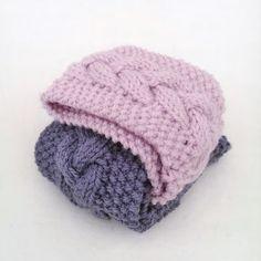 gurimalla: Pannebånd igjen. Winter Hats, Fashion, Fashion Styles, Fashion Illustrations, Trendy Fashion, Moda