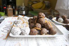 Carrot Cake Donut Holes {Raw Food}