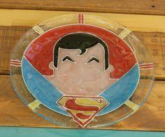 Plato súper héroes Superman Vitrofusion - Fused glass - Fusing Medida: 24 cm  Espesor: 6 mm