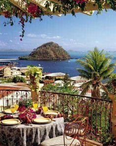Hermosa vista de Taboga. / Panamá