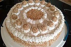 Sahnige Giotto Torte Creamy Giotto cake, a tasty recipe from the category pies. Italian Cookie Recipes, Italian Cookies, Italian Desserts, Cake Recipes, Dessert Recipes, German Cake, Torte Recipe, Naked Cakes, Italian Pastries