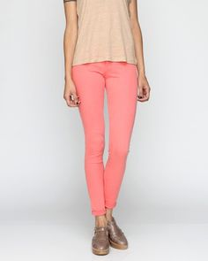 The Skinny Pant In Coral