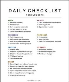 Take a look at my daily blogging tasks, including what I do with all my social media and how I schedule my blog posts. Click through to download my free daily tasks checklist for bloggers!