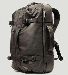 Mandarina Duck | Nomad travel bag | design by Daniel Valsesia