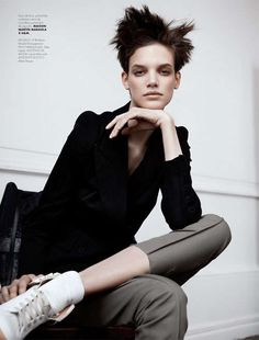 My fave girl of the moment in ELLE Mexico 'Maison Martin Margiela'