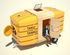 貯水タンクからできた移動式のミニ・ハウス
