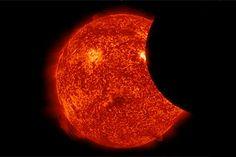 Telescópio espacial registra eclipse solar criado pela Terra