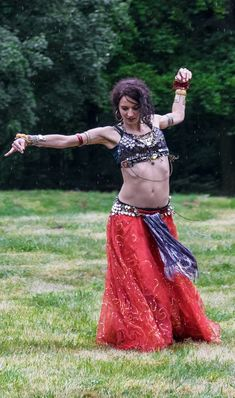 Tribal Fusion dancer Lucy