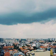 It's been so rainy lately. Hanging Clouds, Village Hotel, San Francisco Skyline, Paris Skyline, Singapore, Vsco, Instagram Posts, Travel, Viajes