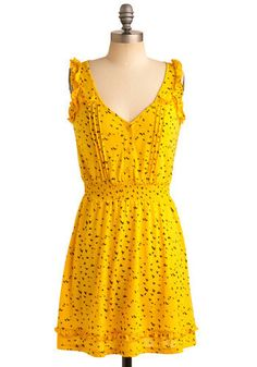 Oh heavens, I love this dress with the bright color and tiny birdies... I am pretty sure I NEED it. Right now.