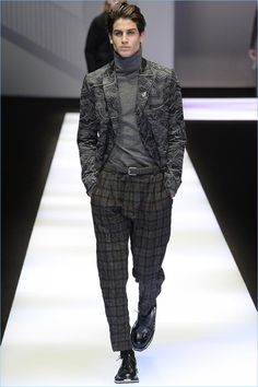 Emporio Armani injects its sartorial lineup with an urban finesse for fall-winter Unveiled during Milan Fashion Week, the collection showcases Armani's… Emporio Armani, Armani Men, Giorgio Armani, Men's Fashion, Fashion Week, Fashion Tips, London Fashion, Classic Outfits, Trendy Outfits
