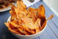Chips de boniato al horno www.cocinandoentreolivos.com (13) Baby Food Recipes, Snack Recipes, Healthy Recipes, Snacks, Canapes, Fodmap, Tapas, Healthy Life, Food And Drink