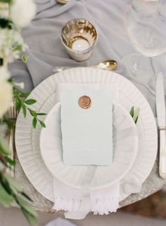 Elegant + ethereal gray wedding table decor.