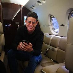 James Rodriguez, Crazy Fans, Sports Celebrities, Soccer Players, Cristiano Ronaldo, Football, Man Crush, Beckham, Jr