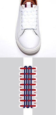 An original way to lace your shoes ! Une façon origine de lacer ses  chaussures !