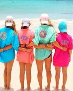 At the Beach with bestfriends        (cute swimsuit cover-ups)