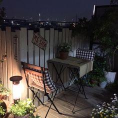 古い物/IKEA/DIYフェンス/DIYウッドデッキ/DIY/VG…などのインテリア実例 - 2015-04-16 20:37:08   RoomClip(ルームクリップ) Small Balcony Garden, Conservatory Garden, Love Garden, Home And Garden, Backyard Creations, Outdoor Spaces, Outdoor Decor, Backyard Retreat, Balcony Design