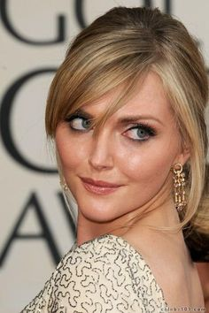 Sophie Dahl with a classic evening-look Summer Hairstyles, Wedding Hairstyles, Soft Bangs, Sophie Dahl, Cult Of Personality, Hair Icon, Famous Women, Celebs, Celebrities
