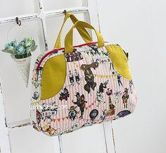 1124 Cynthia Boston Bag PDF Pattern - New Release Sale! 50% Off! - ithinksew.com