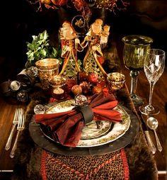 ❅ ❄☃❅ ❄ Christmas Entertaining, Decoration Noel, Decoration Table, Christmas Tablescapes, Christmas Table Settings, Holiday Tables, Christmas Table Decorations, Christmas Inspiration, Christmas Holidays