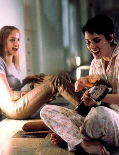 "Angelina Jolie e Winona Ryder in ""Ragazze interrotte"" (Girl, interrupted), (1999)"