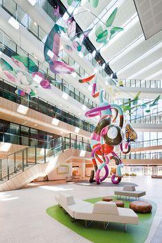 The Royal Children's Hospital, Melbourne, Australia   Billard Leece Partnership & Bates Smart with HKS   Bustler