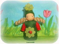 HOLLYS Wichtel Glück Jahreszeitentisch von Susannelfes Blumenkinder  auf DaWanda.com
