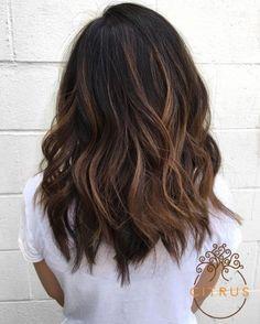 Ideas Hair Color Ideas For Brunettes Balayage Spring Waves Hair Day, New Hair, Medium Hair Styles, Curly Hair Styles, Hair 2018, Pretty Hairstyles, Saree Hairstyles, Casual Hairstyles, Fringe Hairstyles