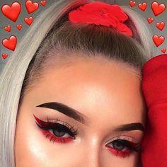 baddie makeup 135 hottest eye makeup looks - makeup Cute Makeup Looks, Makeup Eye Looks, Pretty Makeup, Red Eye Makeup, Red Eyeliner, Red And Black Eye Makeup, Eyeshadow Looks, Angel Makeup, Cute Eye Makeup