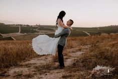 Earth Tones and Trendy Dried Textures Theme | Pink Book Weddings SA Pink Book, Wedding Book, Earth Tones, Real Weddings, Wedding Inspiration, Texture, Couple Photos, Floral, Books