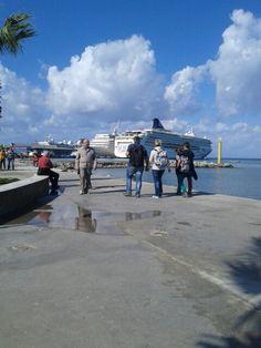 Kusadası limani