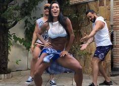 Belo rebola e faz sarrada em coreografia com Gracyanne Barbosa #Babados, #Bapho, #Celebridades, #Famosos, #Famous, #Final, #Prontofalei, #Televisão, #Tv http://popzone.tv/2018/02/belo-rebola-e-faz-sarrada-em-coreografia-com-gracyanne-barbosa.html