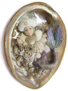 Awake Mini-Merbaby With Sea Urchin Hat Seashell Painting, Seashell Art, Seashell Crafts, Beach Crafts, Mermaid Song, Mermaid Art, Polymer Clay Figures, Polymer Clay Dolls, Broken China Crafts