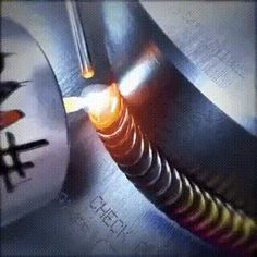 #Процесс сварки крупным планом  #сварка #электрод #технология #технолог #инженер #технарь #крафтинг #производство #сварщик #инженернаястудия