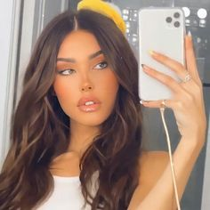 Madison Beer Style, Madison Beer Outfits, Madison Beer Instagram, Medison Beer, Beer For Hair, Aesthetic Women, Poses, Queen, Woman Crush