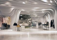 BOUTIQUE RUNWAY / CLS ARCHITETTI