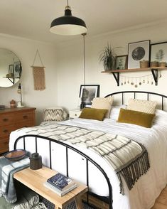 Elegant Home Interior Feast your eyes on this fall bedroom set up by Apogee Interiors The bed is The Original Bed Company waldo Shout yourself out in the Simple Bedroom Decor, Bedroom Ideas, Fall Bedroom Decor, Bedroom Designs, Dream Rooms, My New Room, Home Bedroom, Bedroom Furniture, Bedroom With Couch