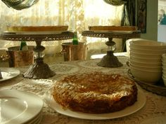 Apple cake, our preferred winter cake! What a delicious beginning for a winter morning!