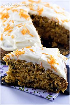 Carrot cake_3 by cocido de sopa, via Flickr