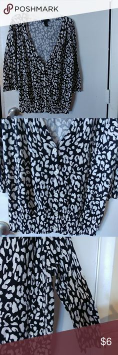 Lane Bryant Sweater sz. 14/16 A really cutesy black/white sweater. Buttons half way. A little bit of stretch above the top button, shown in pics but does not show unless you're looking really close. Price reflects. Plenty of stretch to sweater. Great for casual or office! Smoke-free home. BUNDLE and save😄 Lane Bryant Sweaters Cardigans