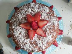 Naked cake de coco com recheio de brigadeiro branco