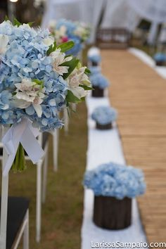 FLOR DE AMORA: {azul marinho e hortênsia} {caixa de doces} Wedding Ceremony, Wedding Signs, Our Wedding, Dream Wedding, Ocean Blue Weddings, Dusty Blue Weddings, Spring Wedding Colors, Purple Wedding, Wedding Hall Decorations